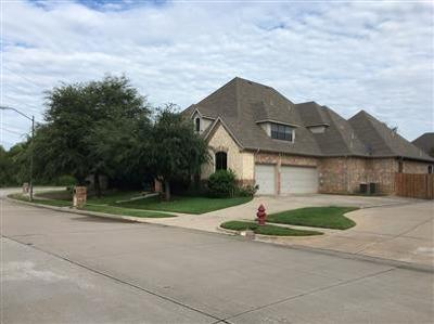 North Richland Hills Single Family Home For Sale: 8209 Forest Glenn