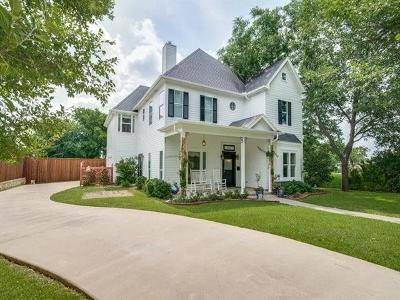 Grapevine Single Family Home For Sale: 621 Austin Street