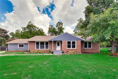 Tarrant County Single Family Home For Sale: 1307 S Davis Drive