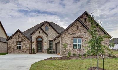 Fort Worth Single Family Home For Sale: 12424 Eagle Narrows Drive
