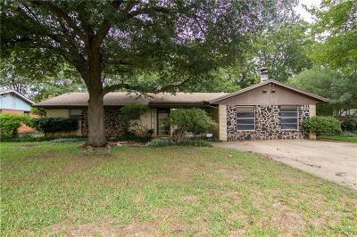 Benbrook Single Family Home For Sale: 1208 Wade Hampton Street