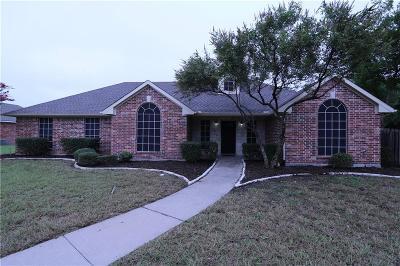 Single Family Home For Sale: 320 Alabama Street