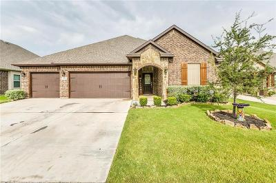 Burleson Single Family Home For Sale: 1684 Fraser Drive