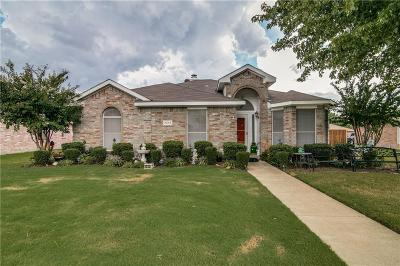 Rowlett Single Family Home For Sale: 7213 Fairfield Drive