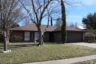 Euless Residential Lease For Lease: 2400 Bayberry Lane