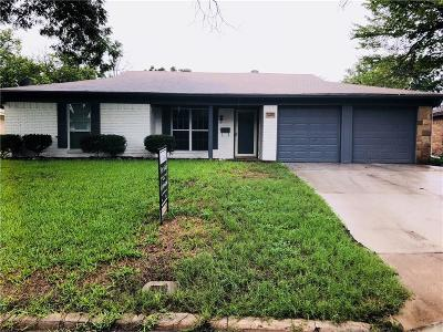 Richland Hills Single Family Home Active Option Contract: 2609 Willow Park Street