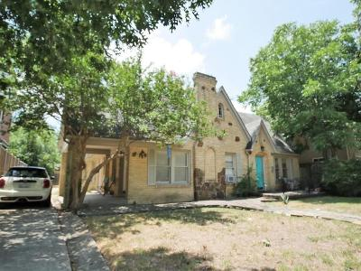 Dallas Multi Family Home For Sale: 5624 Martel Avenue