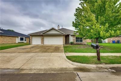 Little Elm Single Family Home For Sale: 217 Tanglewood Place