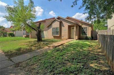 Dallas Single Family Home For Sale: 2243 Nantucket Village Circle