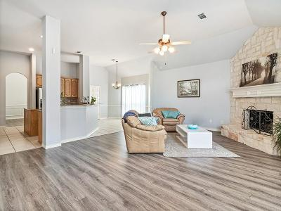 Arlington Single Family Home For Sale: 5502 Vicksburg Drive