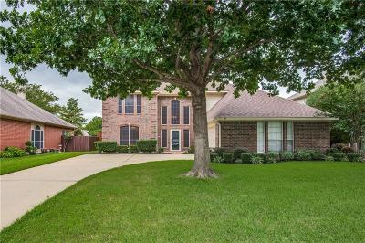Grapevine Single Family Home For Sale: 1910 Wood Crest Drive