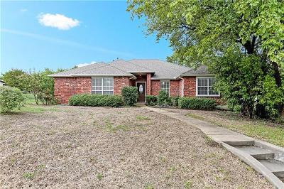 Cedar Hill Single Family Home For Sale: 819 Kathrine Court