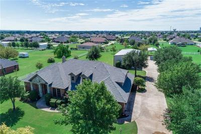 Haslet Single Family Home For Sale: 2100 Meadow Springs Drive