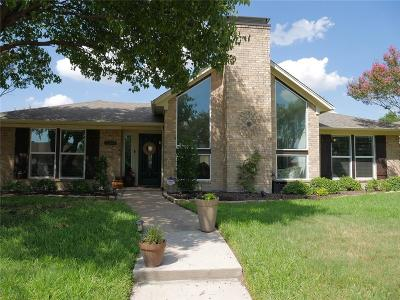 Carrollton Single Family Home For Sale: 2241 Trinity Springs Drive