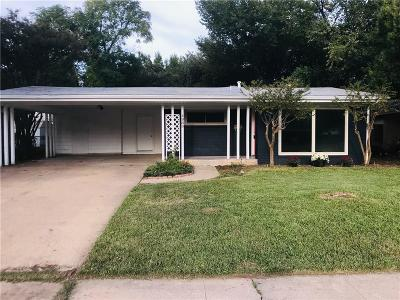 Irving Single Family Home For Sale: 1939 Pilgrim Drive