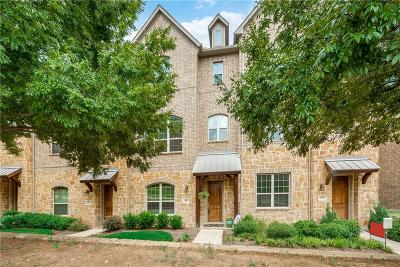 Irving Townhouse For Sale: 527 W Royal Lane