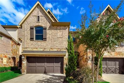 Hurst, Euless, Bedford Townhouse Active Option Contract: 921 Brook Forest Lane