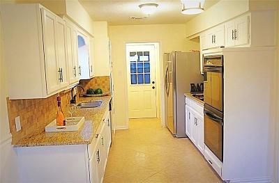 Arlington Single Family Home For Sale: 5307 Parliament Drive