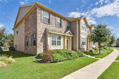 Fort Worth Townhouse For Sale: 6960 Pascal Way