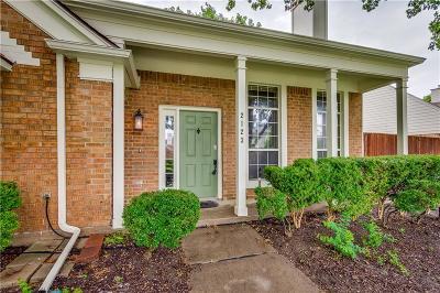 Carrollton Single Family Home For Sale: 2123 Lansdown Drive