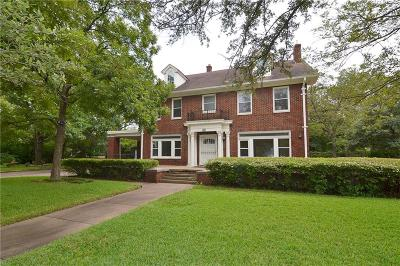 Dallas Single Family Home Active Option Contract: 950 N Montclair Avenue