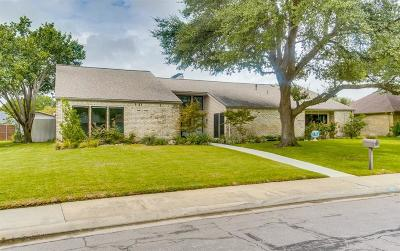 Dallas Single Family Home For Sale: 6615 Harvest Glen Drive
