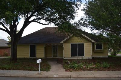 Waxahachie Single Family Home For Sale: 204 Gingerbread Lane
