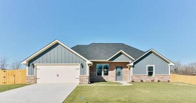 Lindale Single Family Home Active Option Contract: 349 Smith Circle