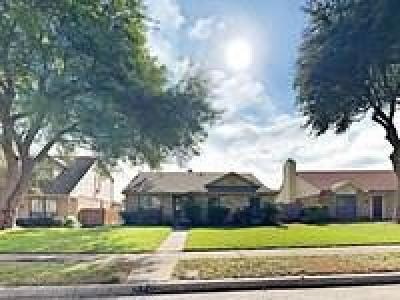 Cedar Hill Residential Lease For Lease: 809 Plummer Drive
