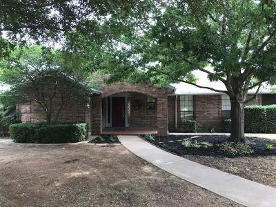 Joshua Single Family Home For Sale: 202 Driftwood Place