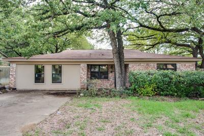 North Richland Hills Single Family Home For Sale: 7008 Crabtree Lane