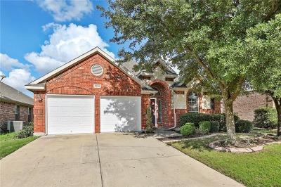 Grand Prairie Single Family Home For Sale: 6950 Shoreview Drive