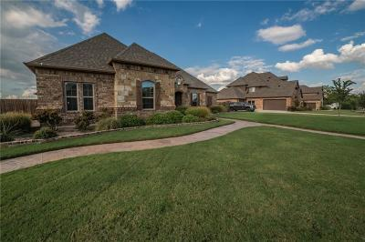 Meadows The Haslet Single Family Home For Sale: 104 Blue Stem Lane