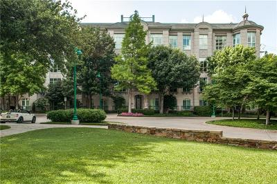 Dallas Condo For Sale: 3401 Lee Parkway #3A