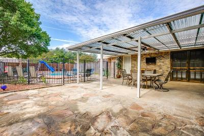 Garland Single Family Home For Sale: 202 Biscay Drive