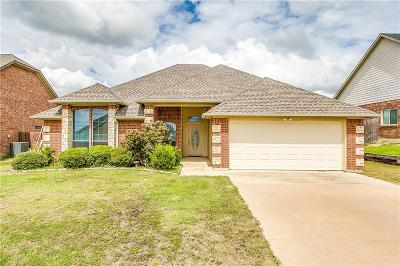 Cleburne Single Family Home For Sale: 1708 Riverway Drive