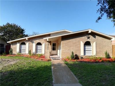Garland Single Family Home For Sale: 4421 Mayflower Drive