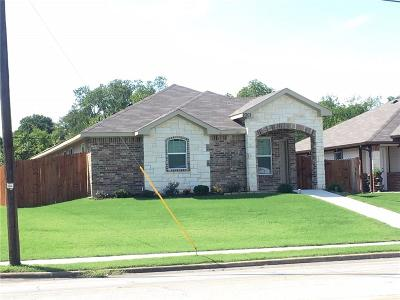 Grand Prairie Single Family Home For Sale: 2001 Dalworth Street