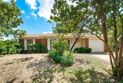 Garland Single Family Home For Sale: 1502 Pine Knot Drive