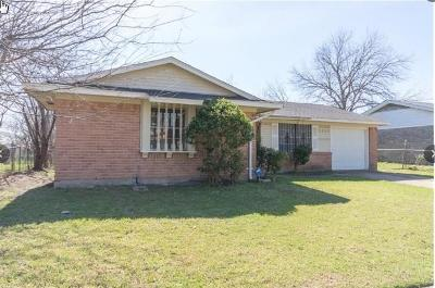 Dallas Single Family Home For Sale: 3352 Pacesetter Drive