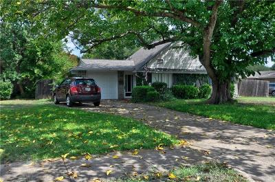 Richardson Single Family Home For Sale: 1612 Greenhaven Drive
