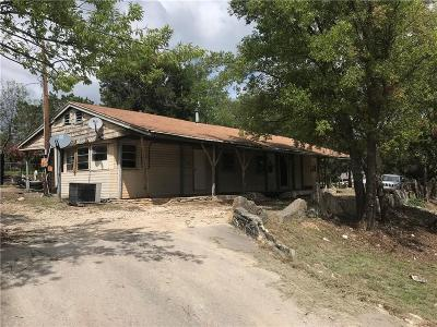 Granbury Single Family Home For Sale: 1124 Comanche Cove Drive