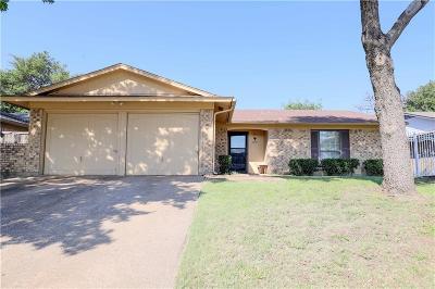 Garland Single Family Home For Sale: 2917 Sam Houston Drive
