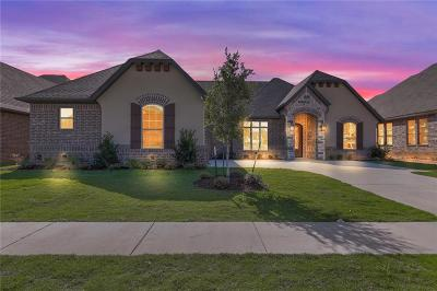 Granbury Single Family Home For Sale: 2077 Clive Drive