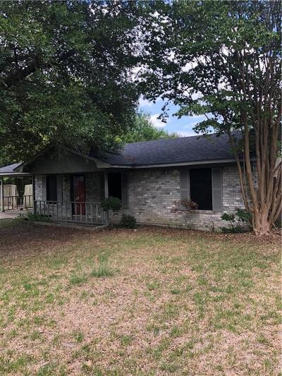 Kaufman TX Single Family Home For Sale: $99,900