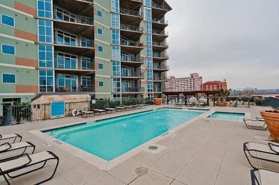 Dallas Condo For Sale: 1001 Belleview Street #701