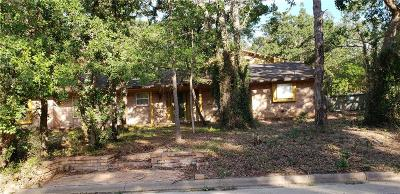 Burleson Single Family Home For Sale: 105 Forest Green Street