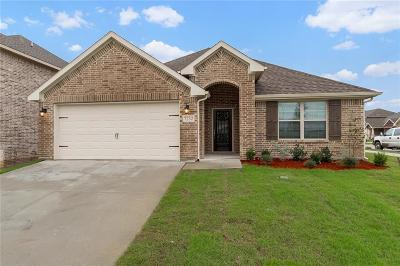 Fort Worth Single Family Home For Sale: 7232 Montosa Trail