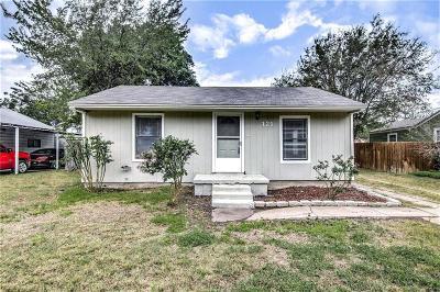 White Settlement Single Family Home For Sale: 121 Lockwood Street