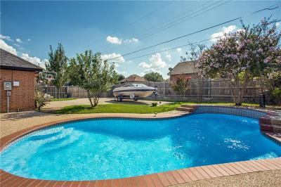 Cleburne Single Family Home For Sale: 1412 Hyde Park Boulevard